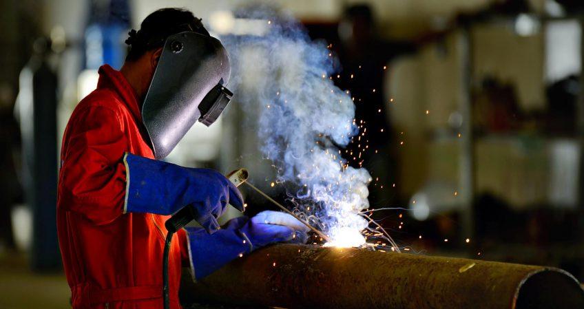 soldador empresa industrial tucuman